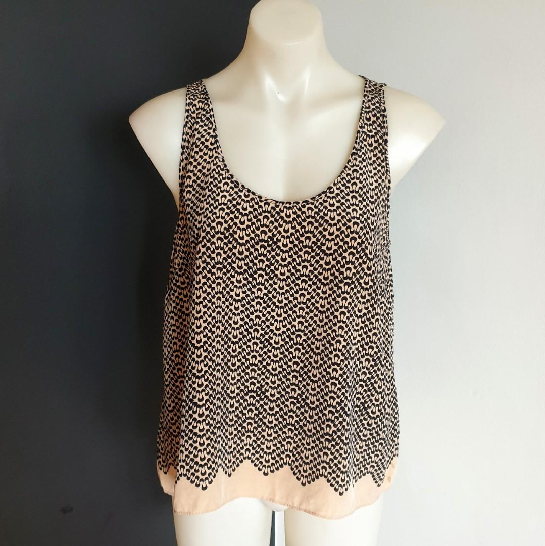 Women's size M 'COUNTRY ROAD' Stunning black and nude silk cami top - AS NEW