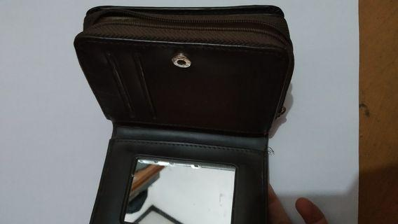 dompet lipat
