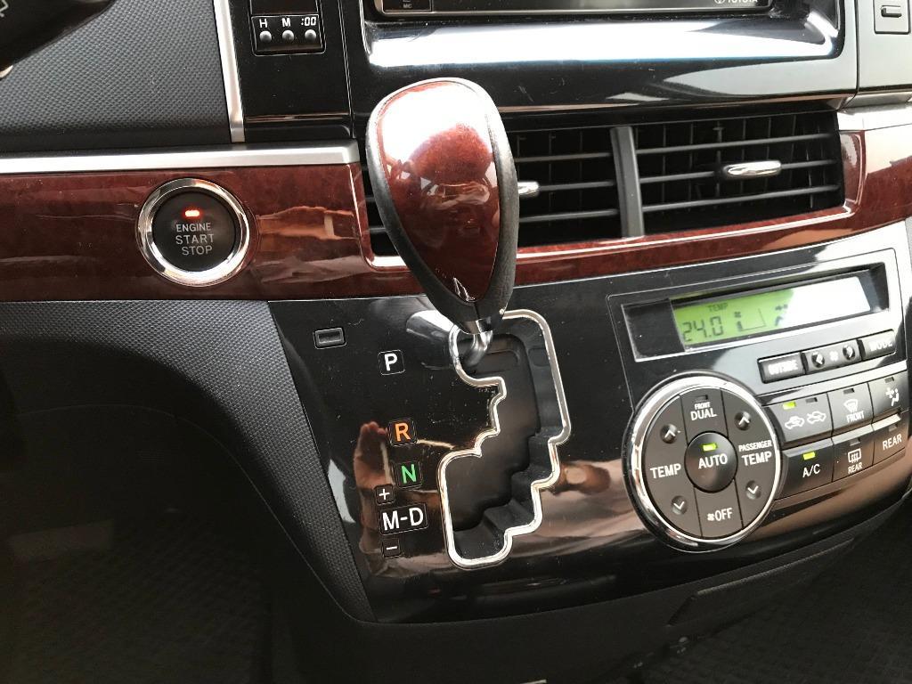 2015年 Toyota 豐田 Previa 銀 2.4 七人座 IKEY 定速 影音版 免保人 免頭款 低月付 0利率