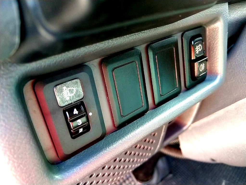 2016年 CMC中華 三菱 Delica 得利卡 2.4 藍 手排 新型 電動油壓升降尾門 不限條件 皆可申辦貸款
