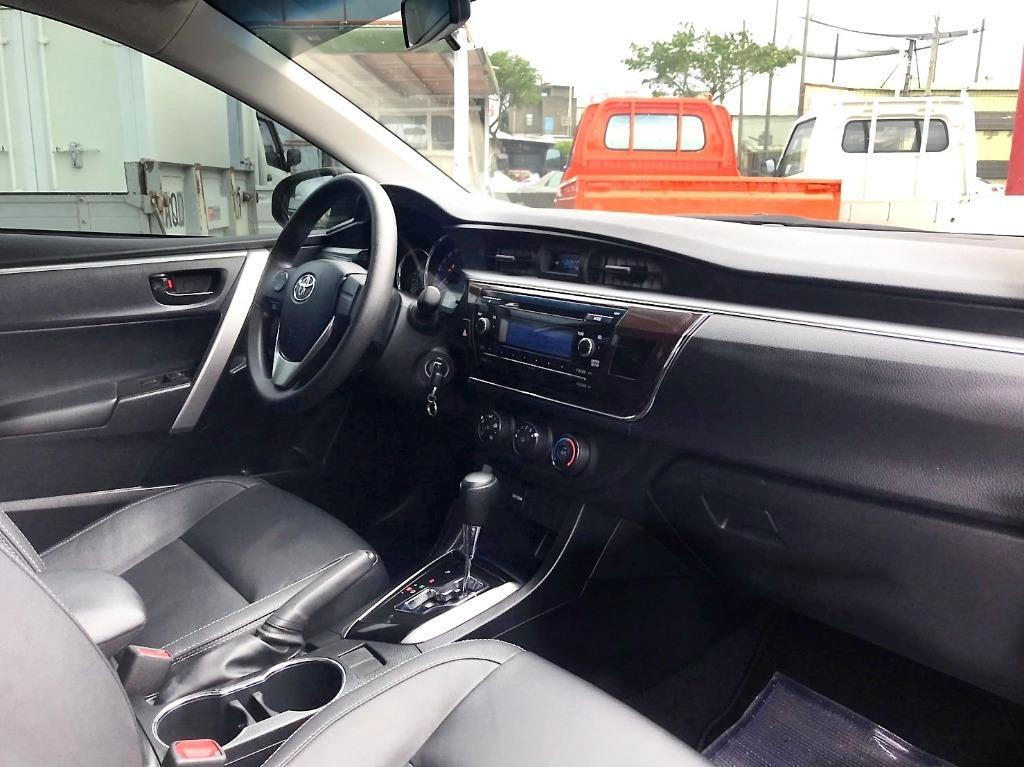 2016年 Toyota 豐田 Altis 1.8 11代 白 快撥 USB 純跑5萬多 撥款快 期數長 月付低 可超貸