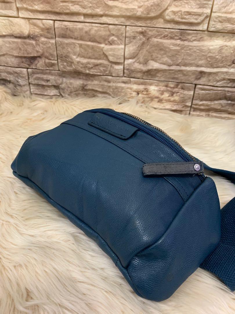 Cross body bag Calvin Klein jeans authentic!full leather 28 x 14 x 8 cm! Kondisi 90% OK! Bag only!