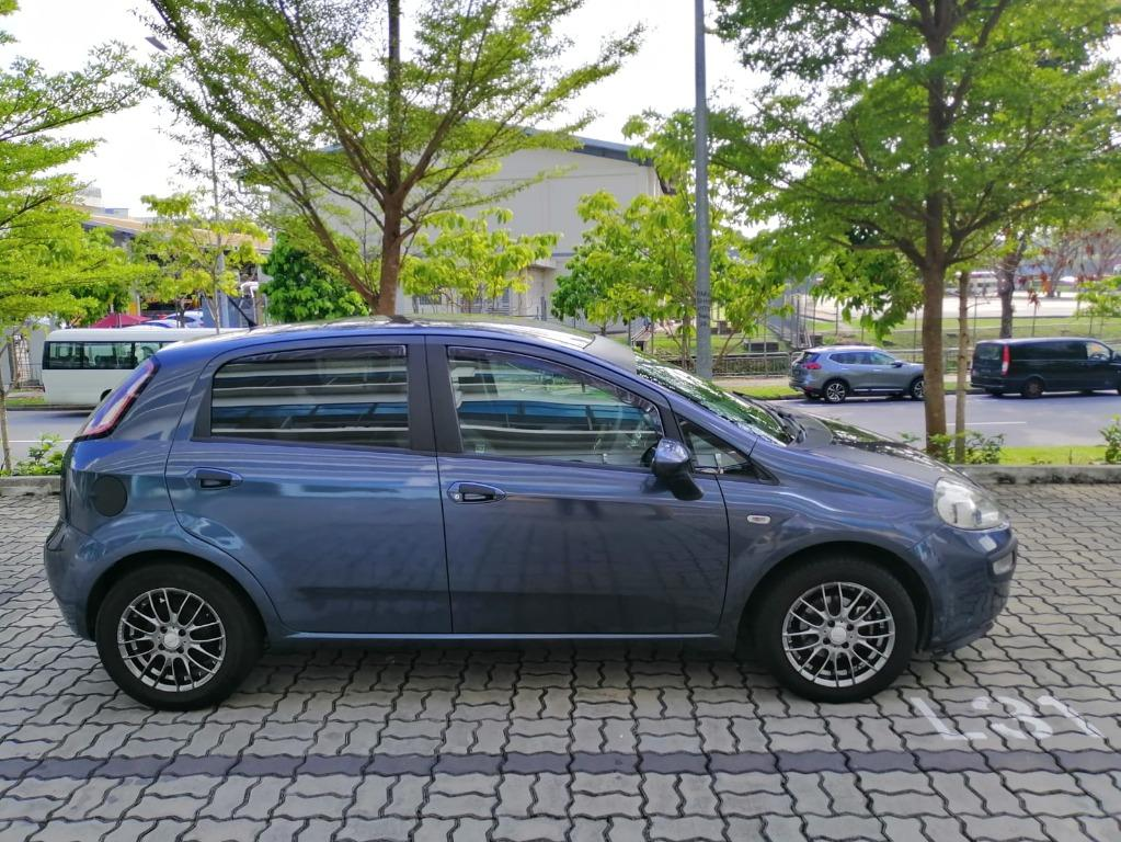 Fiat Punto Evo Superb condition! Hurry reserve for special CNY rates @ 85884811. Cheapest rental in town with just $500 Deposit driveoff immediately!