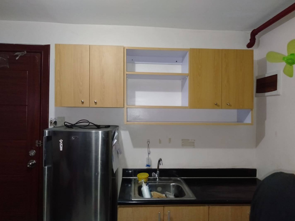 Hanging Kitchen Cabinet Cash On Deliver Home Furniture Furniture Fixtures Others On Carousell