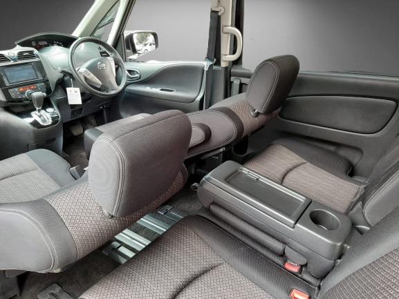 Nissan Serena HWS Autech Panoramic Automatic 2015, DP 48,9 Jt Top Condition No Pol Genap
