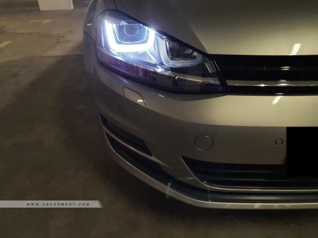 Volkswagen Golf 1.4 TSI EQP DSG (A)