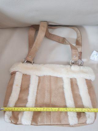 Velvet & fur shoulder bag