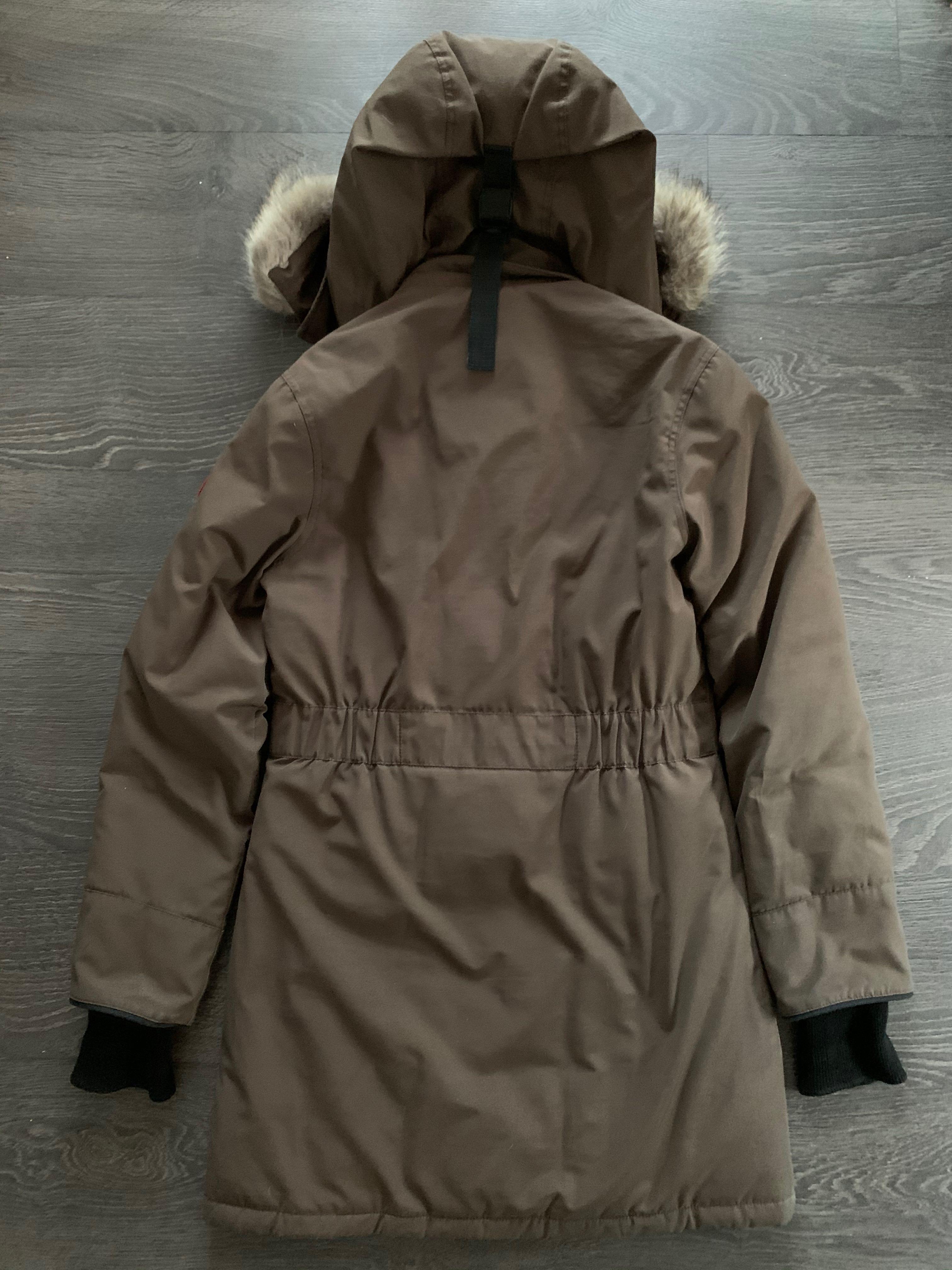 AUTHENTIC Canada Goose Trillium Jacket in Brown Size XS