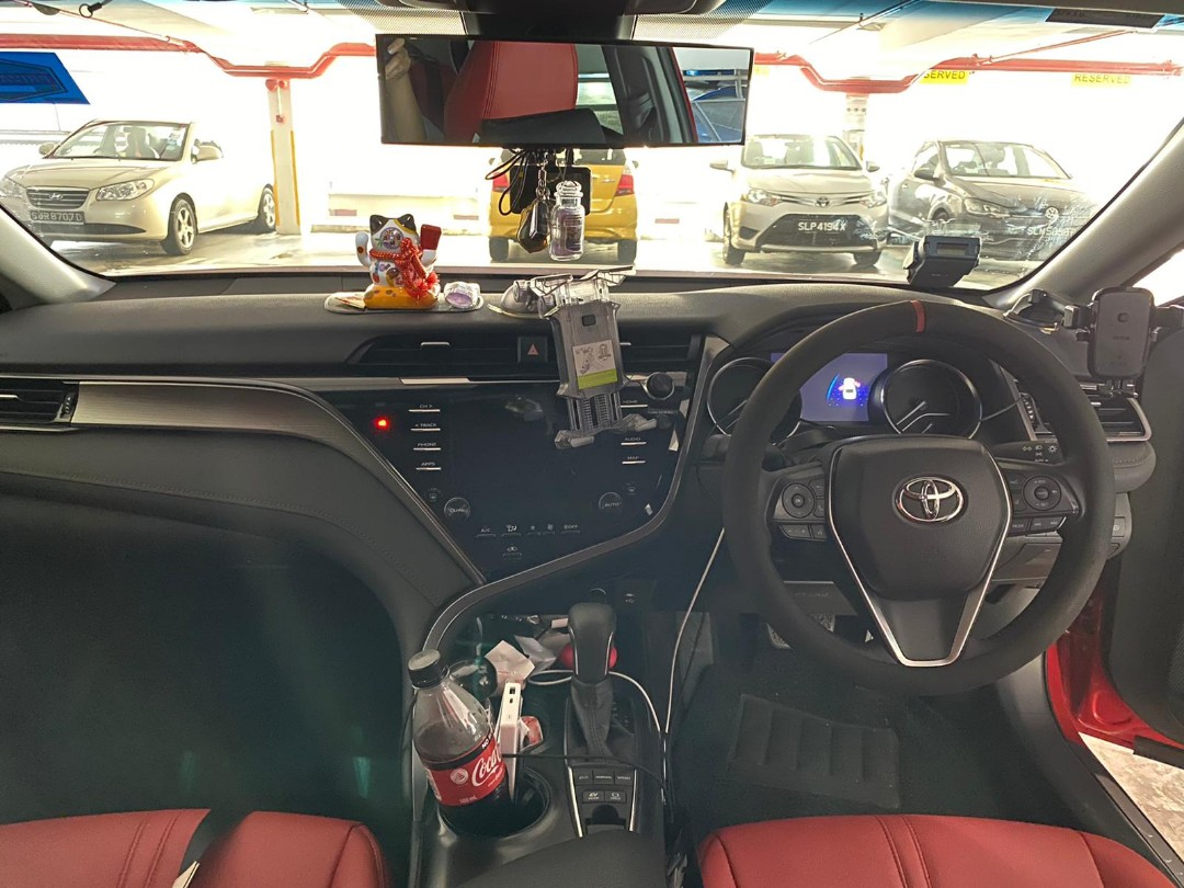 Toyota camry ascent hybrid rental for takeover