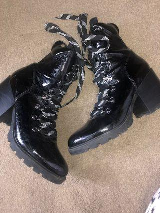 Kendall & Kylie Boots Size 7