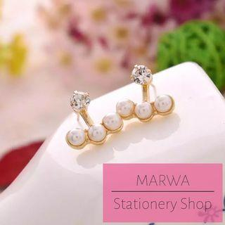 Sparkly Pearl Stud Earring With Rhinestone (E137)