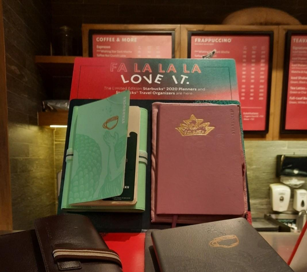 Brand New 2020 Starbucks Travel Organizer / Planner - Mint Green