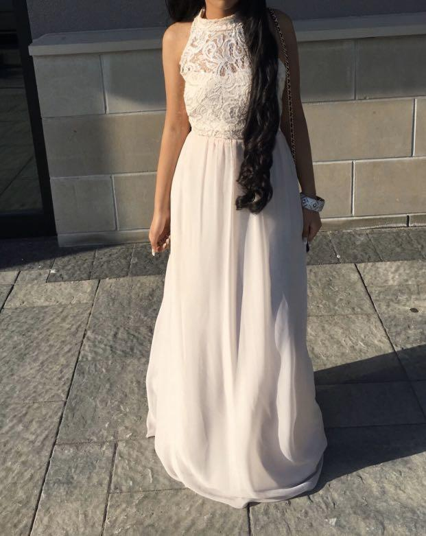 David's Bridal Prom Dress Mocked High Necked Ladder Back Dress