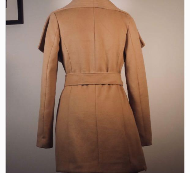 KARDASHIAN Lipsy Camel Wool Coat worn twice! Size 4