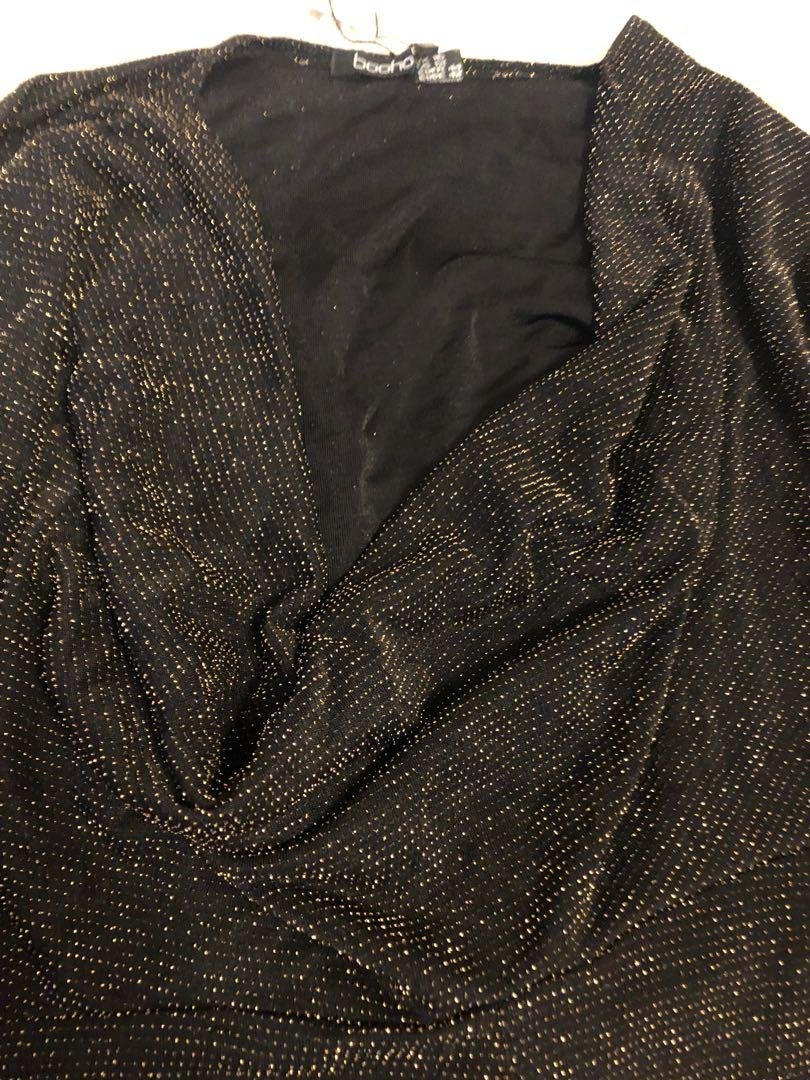 New Boohoo L Large cow neck deep v sparkly golden dress