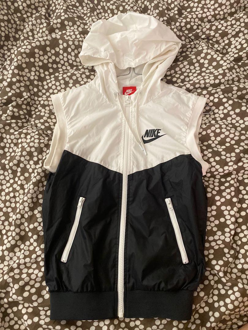 Nike Windrunner/windbreaker Vest in Black and White