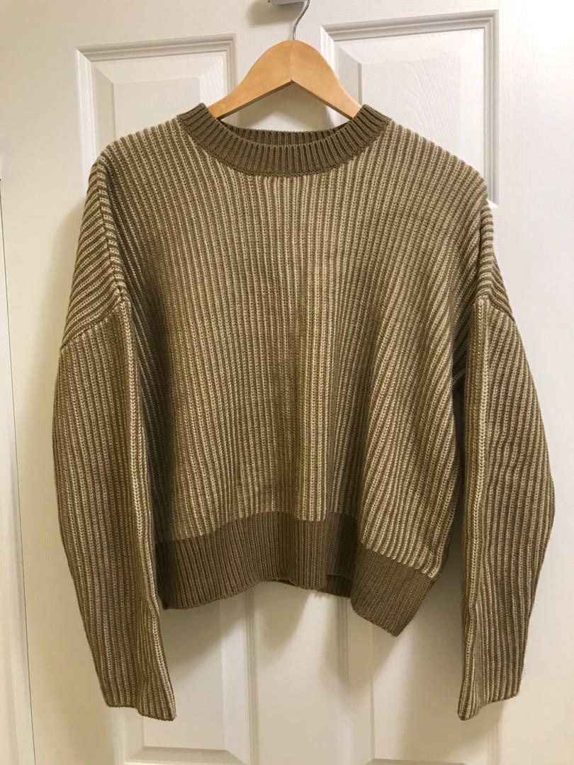Oak and fort ribbed sweater in cream and olive camel