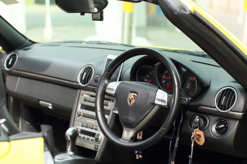 Porsche Boxster 2.7 (A)