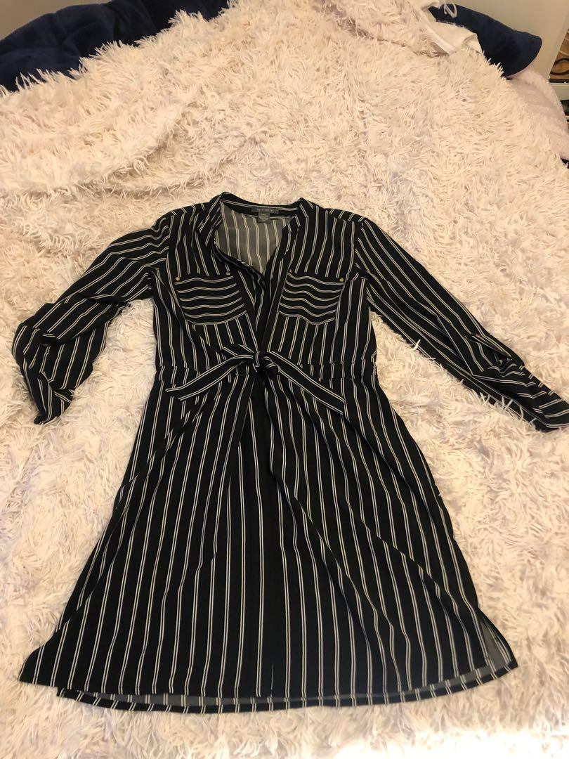 Suzy Shier Large L striped black buttonup work office dress
