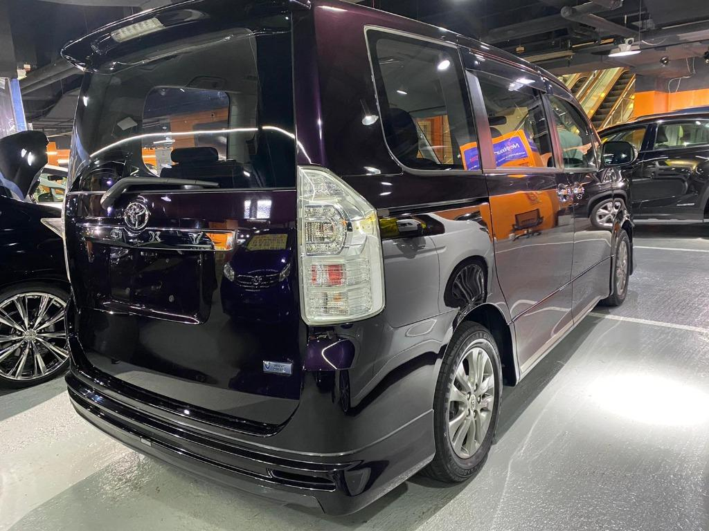 Toyota Voxy 2.0 Zs II 煌版2 日本原廠 AR admiration包圍 Auto