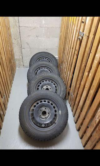 Set of 4 Volkswagen Winter Tires + Rims 195/65/15