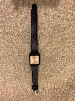 過年降價出售 Casio 手錶