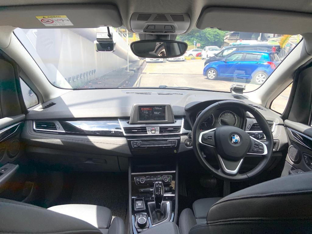 BMW 216i Gran Tourer (A)