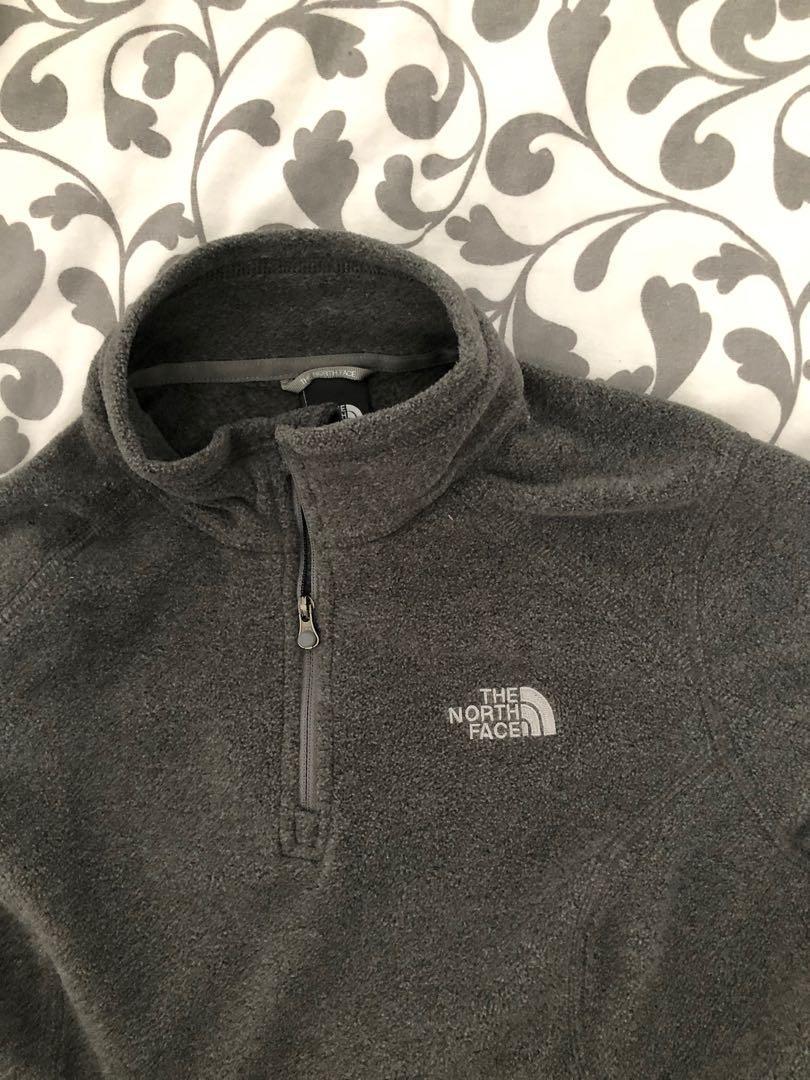 North Face Fleece Sweater (XS) HAS COMPANY LOGO ON NECK