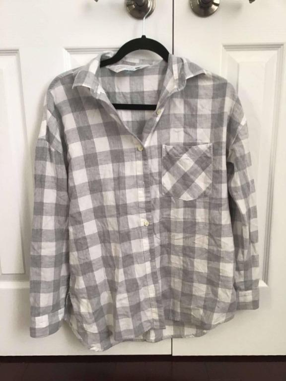Old Navy Grey+White Plaid Boyfriend fit shirt - Women's S-M