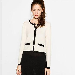 Zara cardigan knit with pearl button