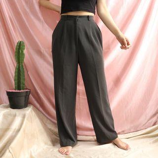 V25-Gray HW Pants