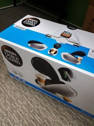 Dolce Gusto 咖啡機 Movenza + 3盒星巴克膠囊