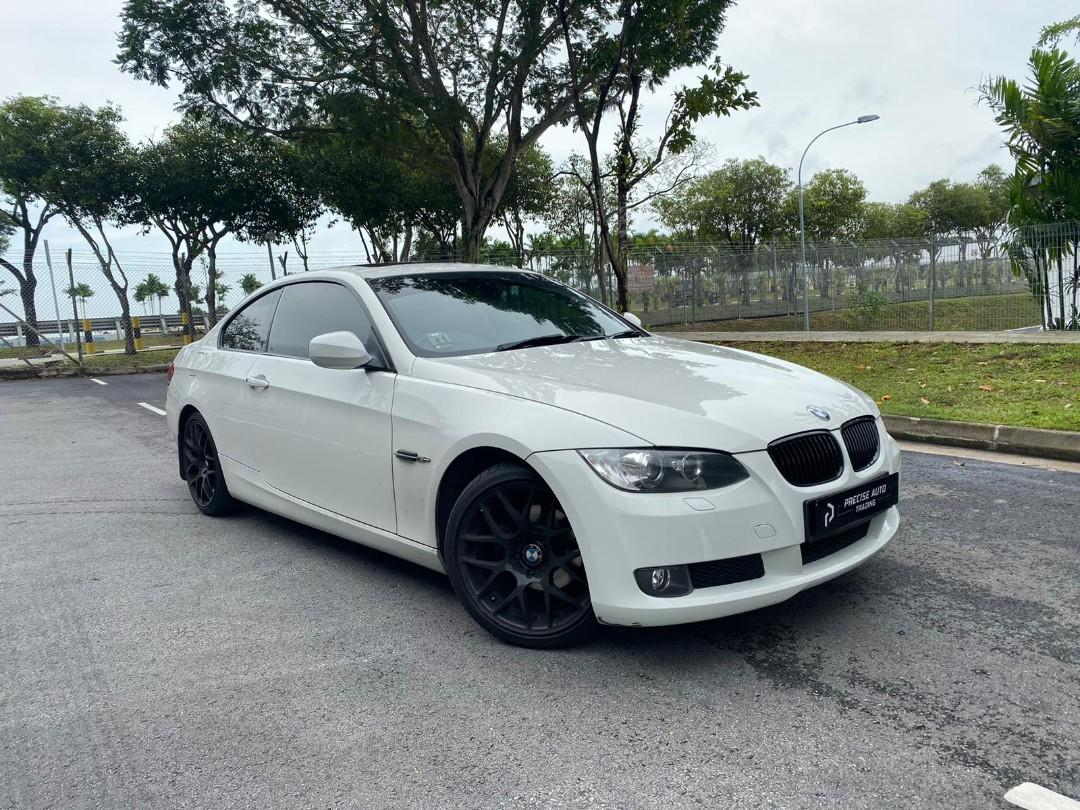 BMW 320i Coupe (A)