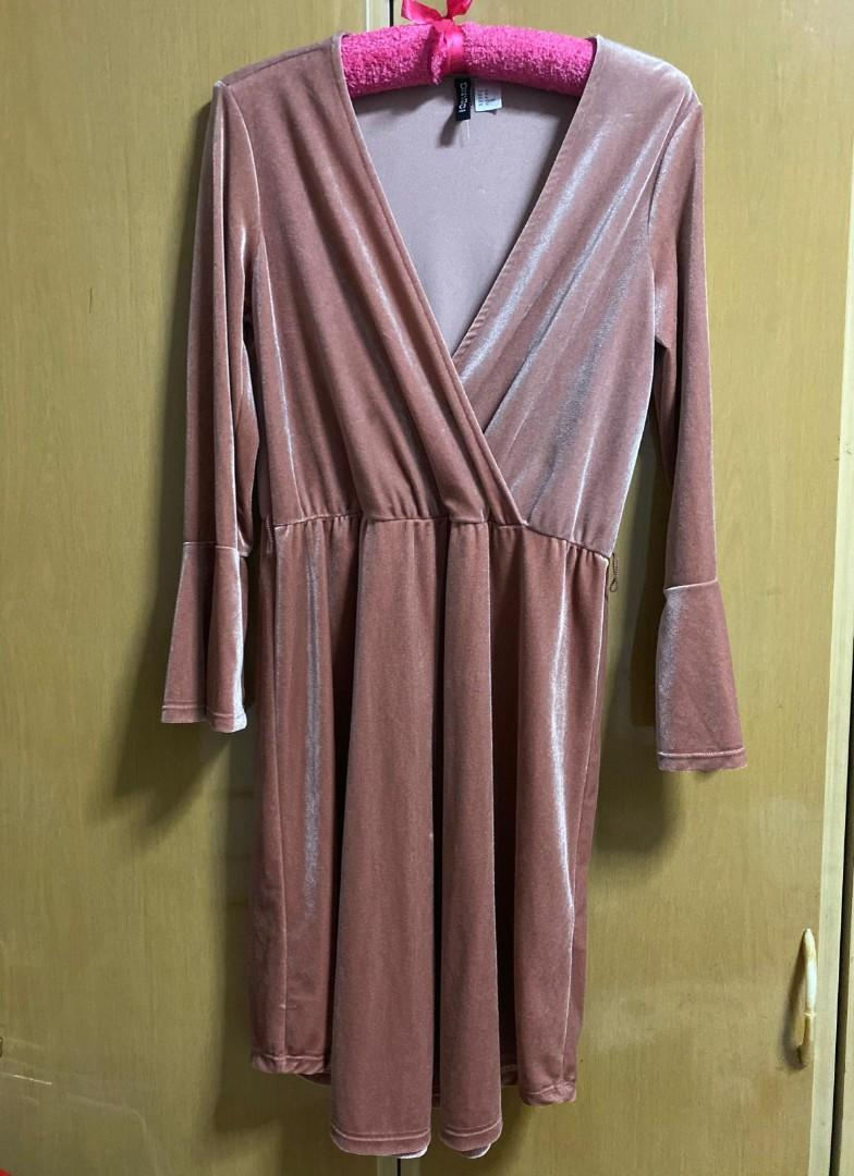 Bn H M Rose Gold Dress Women S Fashion Clothes Dresses Skirts On Carousell
