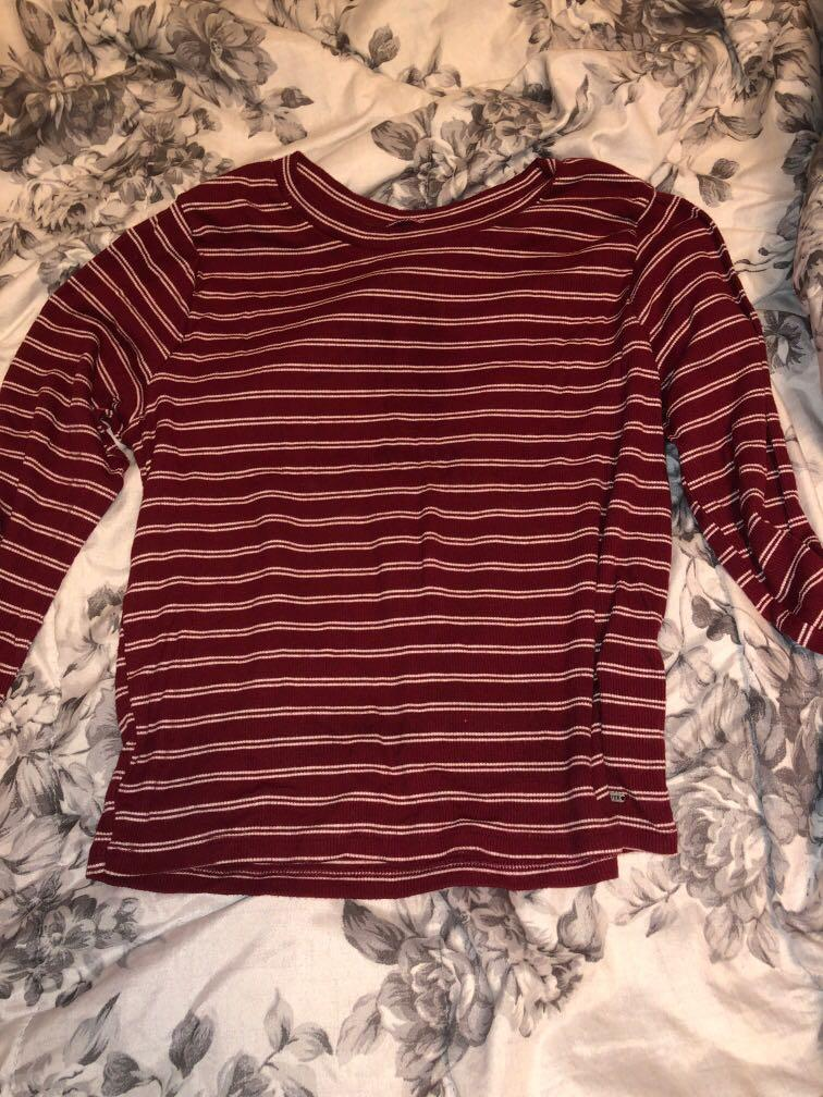 Hollister White and Red Stripes Long Sleeve Crop Top