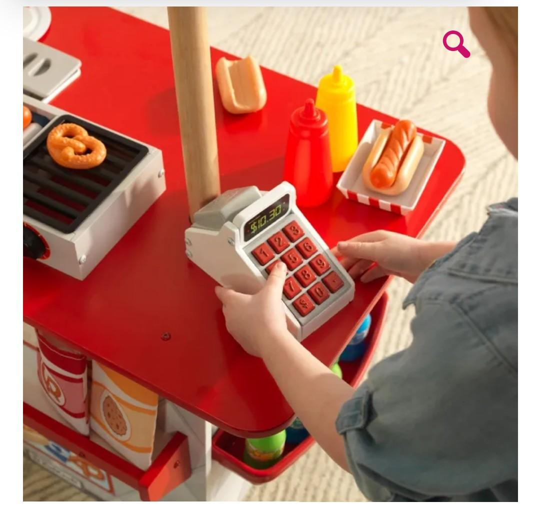 KidKraft My Ultimate Snack Stand with 54-pieces food and accessory set