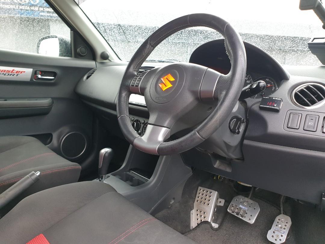 Suzuki Swift 1.6 Auto