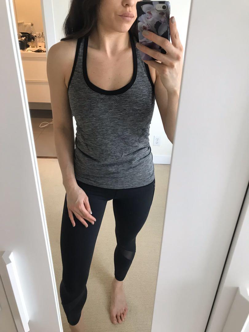 Victoria Secret Active Tank & Matching Sports Bra Set Size Small