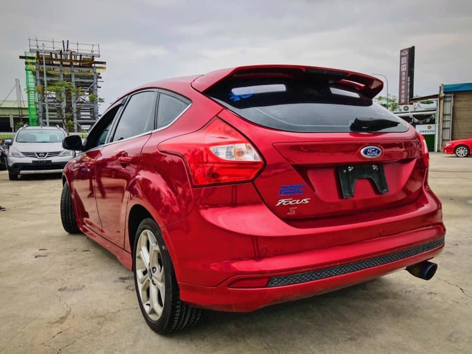 福特14 Focus S 紅🔷🔹超低月付 3990 起 強力貸款 強力過件🔹🔷