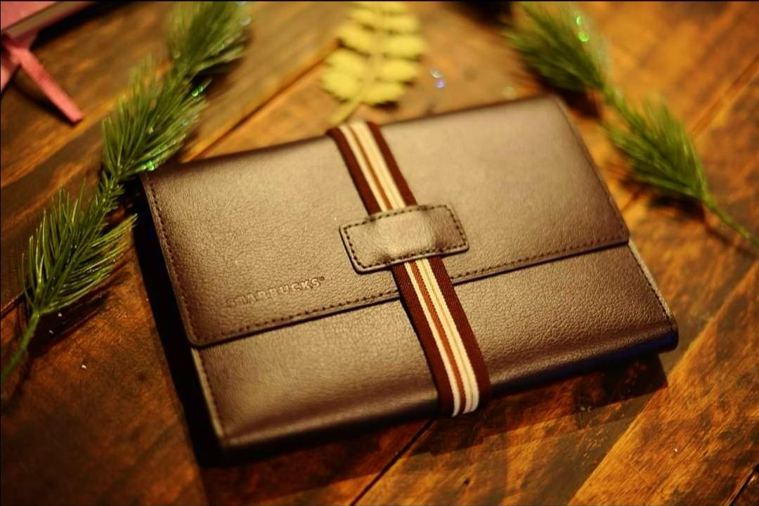Starbucks 2020 Travel Organizer (Coffee/Brown color) 2 pcs available