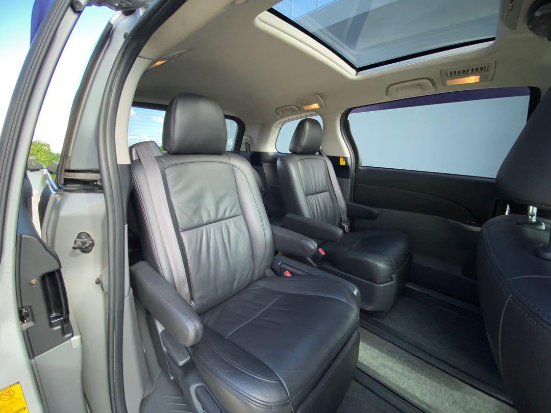 "Toyota Estima 2.4 Areas ""G"" edition 7 seater Auto"