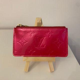 Louis Vuitton Vernis Cles Key Pouch - Fuchsia