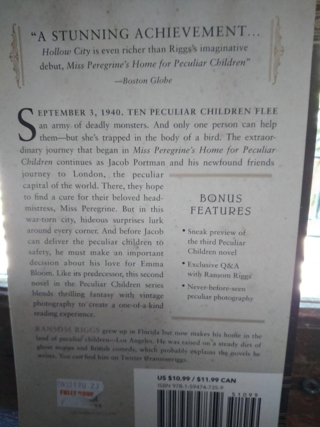 Hollow City Book 2 Miss Peregrine's Peculiar Children by Ransom Riggs