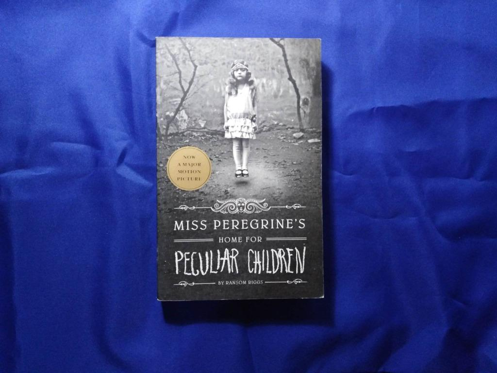 Miss Peregrine's Home for Peculiar Children (Book #1) by Ransom Riggs