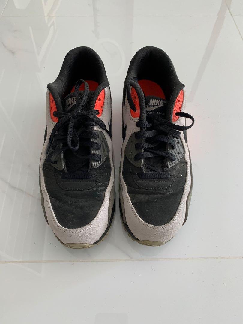 """Roble Florecer cristal  Nike Air Max 90 """"Black Ash / Total Crimson"""", Men's Fashion, Footwear,  Sneakers on Carousell"""