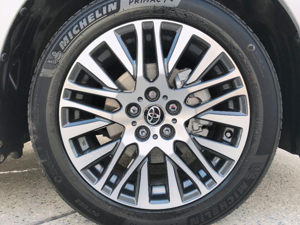 Toyota    ALPHARD 2.5 S SA SC   2016 Auto