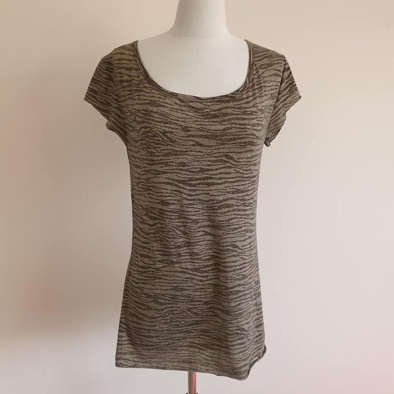 VGC Dangerfield gold black zebra print short sleeve tshirt