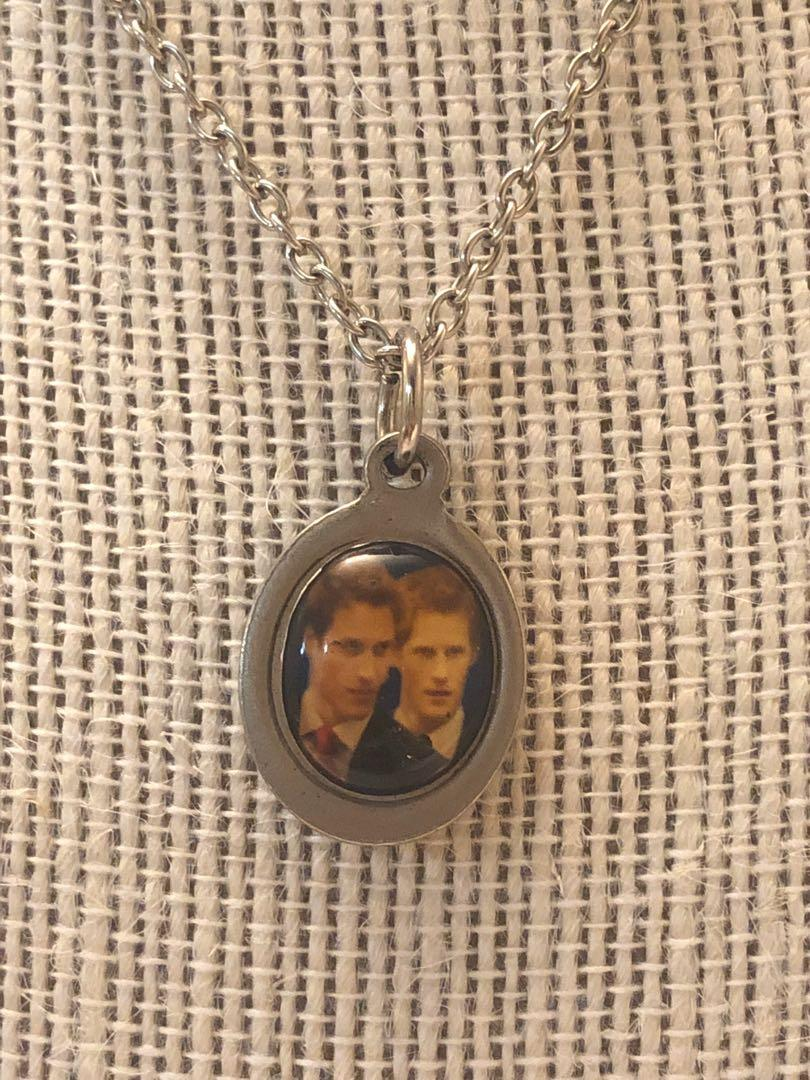 Vintage Prince William & Harry pendant with chain🌟Reduced!