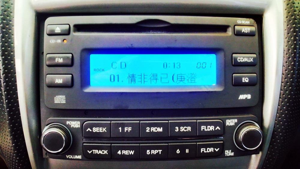 認證車 2005年1.6 銀色 TIERRA Life 5門旅行車 實跑20萬公里 灰黑色識布透氣椅 賽車方向盤 MP3音響