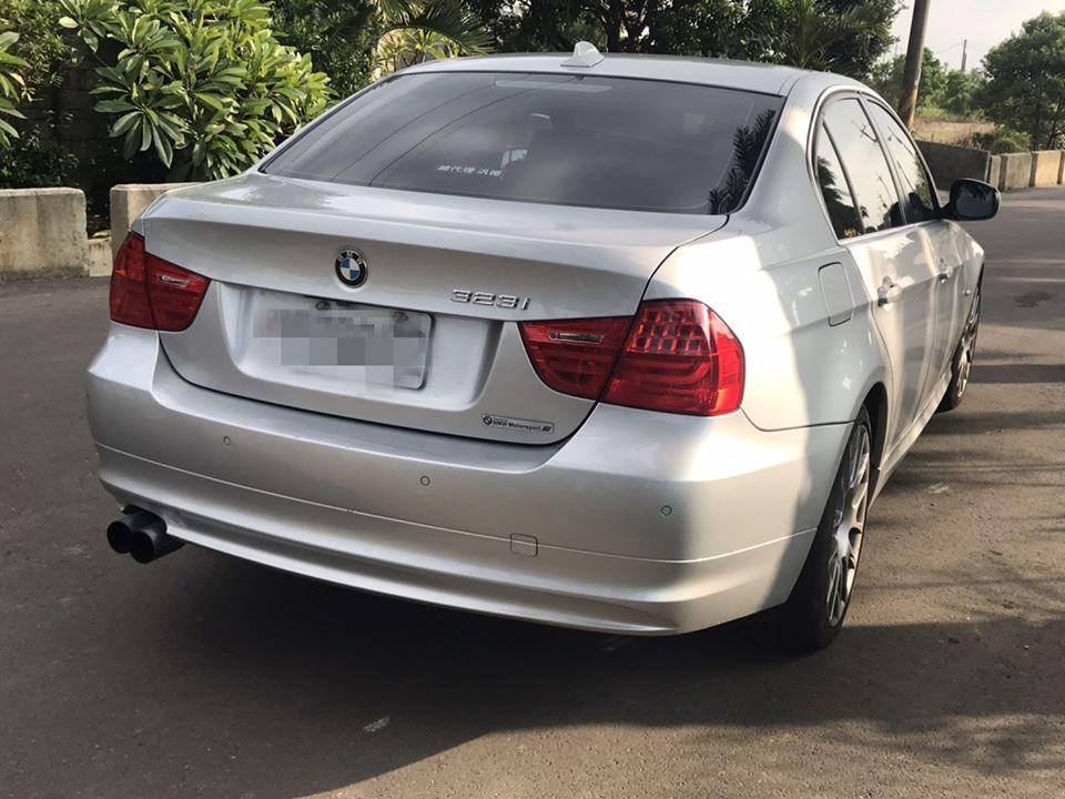BMW 寶馬10年 323i 2.5 銀色
